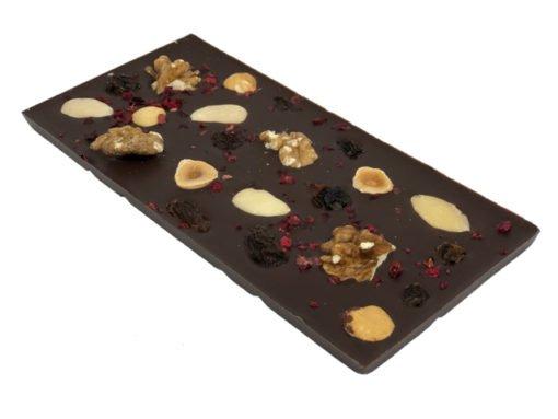 Mörk choklad med mandel, valnöt, hasselnöt, russin & tranbär
