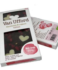 Hot love - ekologisk mörk choklad med hallon chili och hjärtan av vit choklad