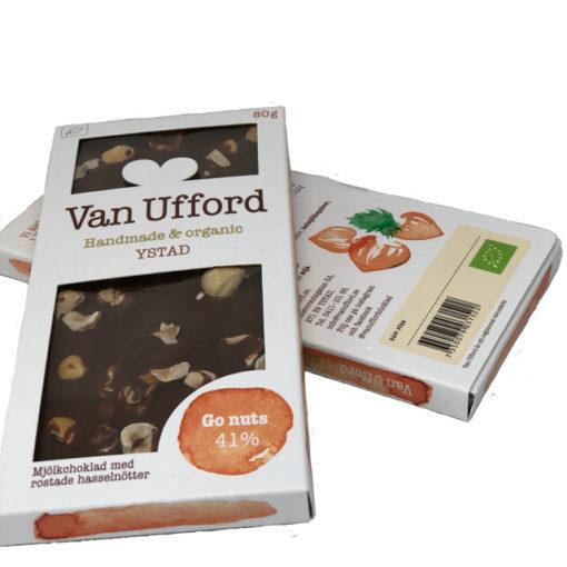 Go nuts - ekologisk mjölkchoklad med rostade hasselnötter.
