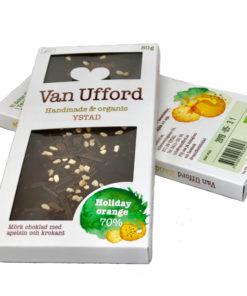 Holiday orange - ekologisk mörk 70% choklad med apelsin och krokant.